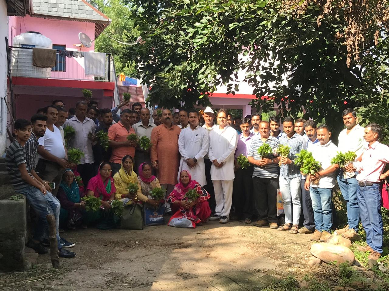 Himachal Man is distributing free coffee saplings