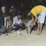 journalists helping migrants